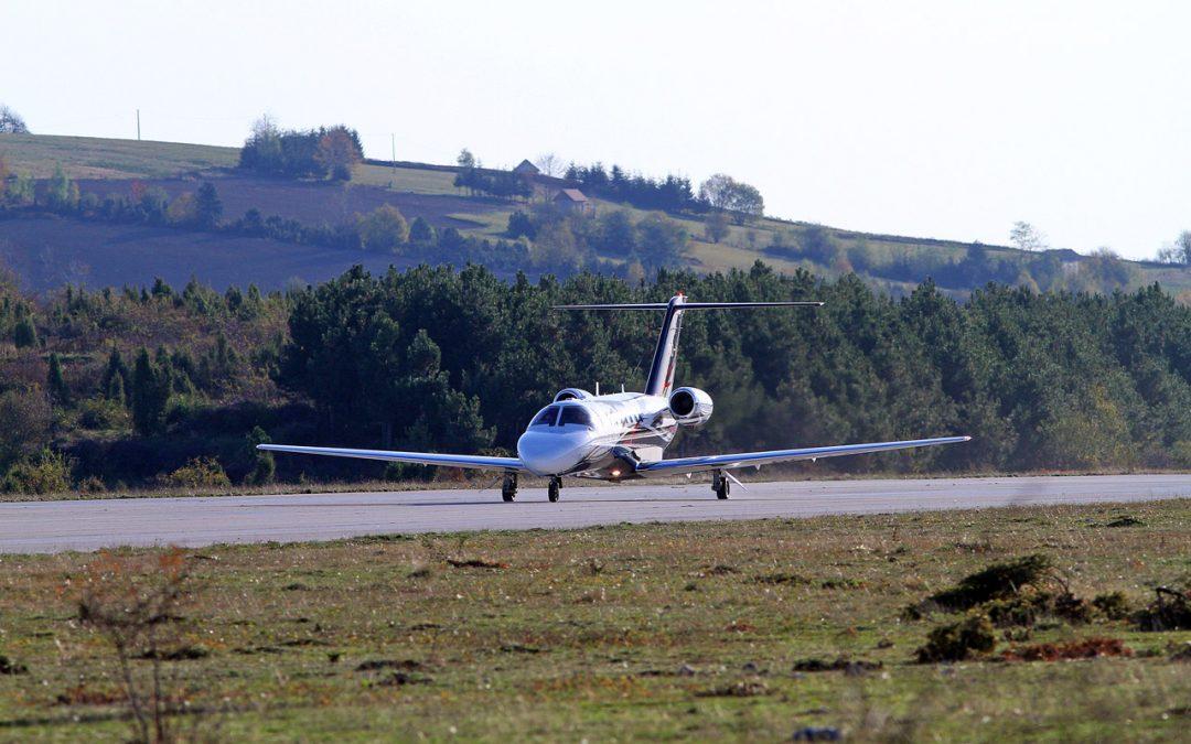 Први међународни лет Брисел-Поникве-Солун